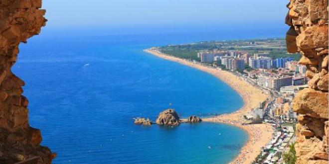 El 'boom' de los estudios universitarios de sol y playa