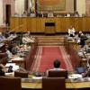 Los diputados andaluces cobrarán al menos 3.820 euros al mes
