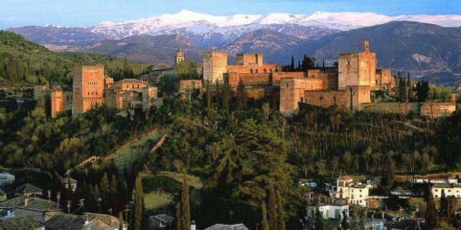 Los granadinos tienen visitas guiadas gratis a la Alhambra hasta octubre