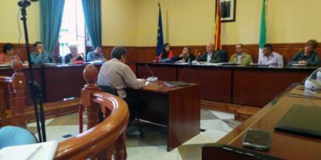 El alcalde demuestra en el pleno que no está imputado
