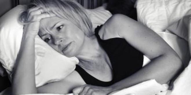 Dormir mal nos afecta más que dormir poco