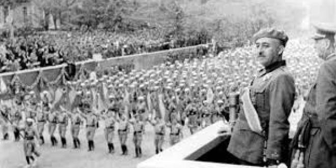 HOY se cumplen 40 años de la muerte del dictador.El franquismo, 40 años después, en ocho artículos de Babelia