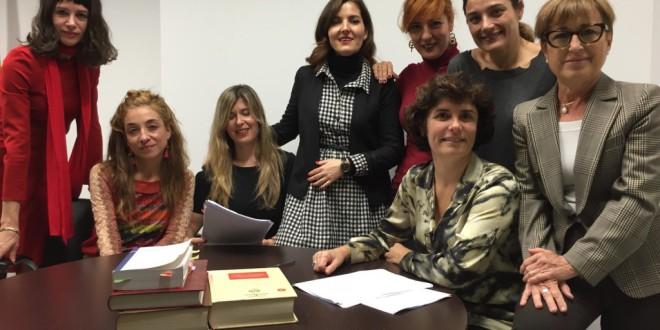 12 juezas frente a 12 causas de discriminación: nace en España la primera asociación de mujeres juezas