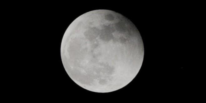 El regalo del día de Navidad: Luna llena por primera vez en 40 años