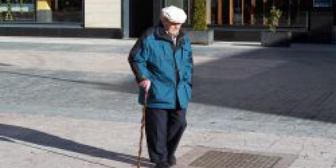 Las pensiones bajarán un 30% hasta 2050      Cuánto ahorrar para mantener el nivel de vida tras la jubilación
