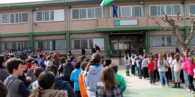 Los colegios de Atarfe celebran el Día de Andalucía