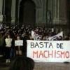 Unas 350 personas se concentran en Granada contra el machismo