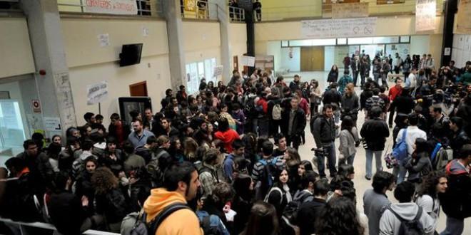 Europa Laica exige el cierre de capillas y centros de culto en las universidades