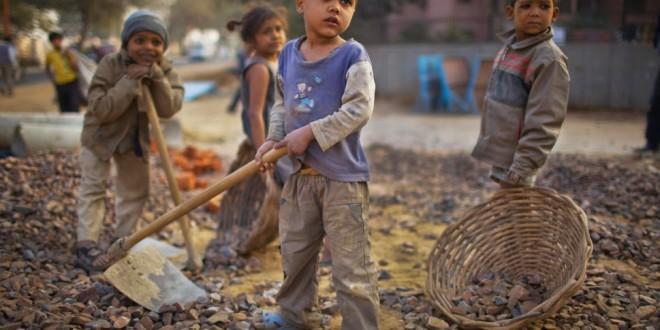 Nace la etiqueta para distinguir la ropa libre de esclavitud infantil.