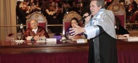 Miguel Ríos reivindica la cultura y el papel de la universidad para formar ciudadanos críticos