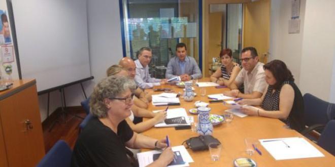 Aguasvira crea un protocolo pionero que garantiza el suministro de agua a familias en riesgo de exclusión