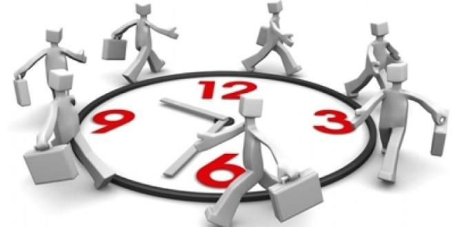 Díaz anunció la restitución de la jornada de 35 horas para los empleados públicos.