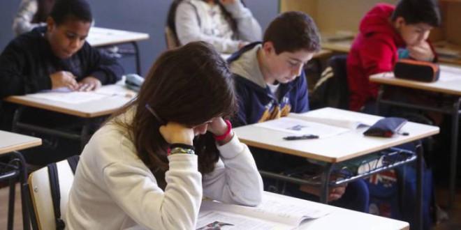 Los estudiantes de Primaria mejoran en matemáticas y ciencias, pero las chicas se quedan atrás