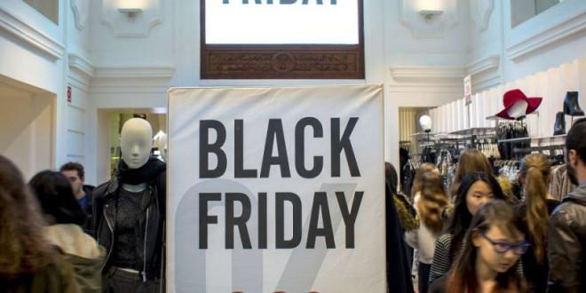 Asociaciones de consumidores denuncian la estafa del 'Black Friday'