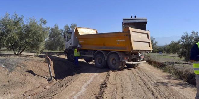 Atarfe y Pinos Puente reciben la gestión del camino que los conecta hasta Moclín