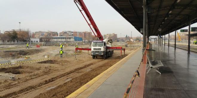 Tren soterrado para Vitoria y Bilbao pero no para Granada