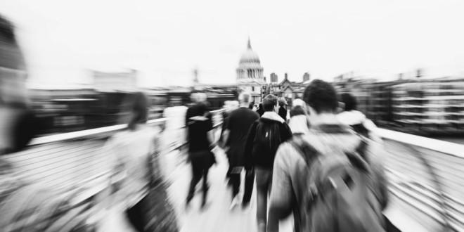 Generación Y La cara oculta de los 'millennials': inseguros y adictos al trabajo
