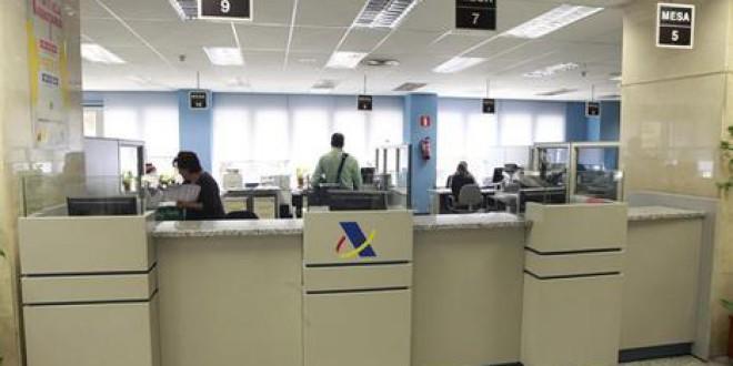Técnicos denuncian que altos cargos de Hacienda dan cursos sobre elusión de impuestos a multinacionales