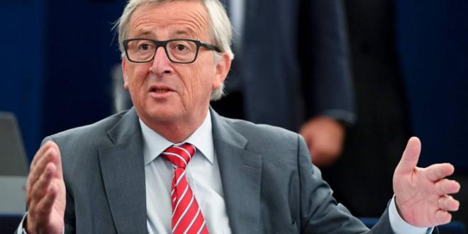 Bruselas pide multar a los bancos que oculten tretas fiscales de sus clientes