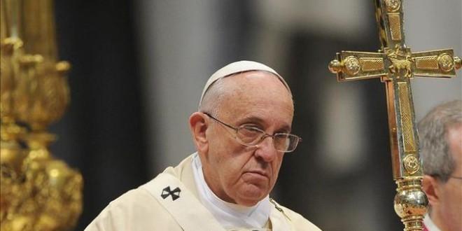 El papa Francisco plantea la excomunión para los políticos corruptos