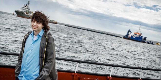 Este joven tiene un inventazo para limpiar los océanos de plástico