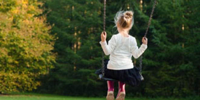 Más de 900 menores acogidos por familias en los diez primeros meses del año