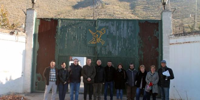 Visita de los concejales de Atarfe al polvorín de Sierra Elvira