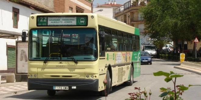 Malestar en el Ayuntamiento de Atarfe por el cambio «unilateral» de horarios de la línea 122