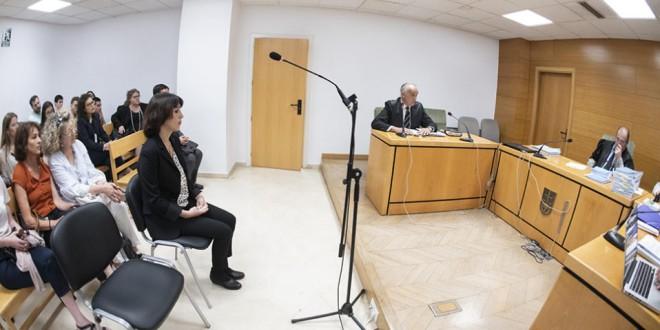 Aplazado el juicio de Juana Rivas al quedarse sin abogado en la vista oral