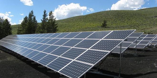 El Gobierno eliminará el impuesto al sol antes de que acabe el año