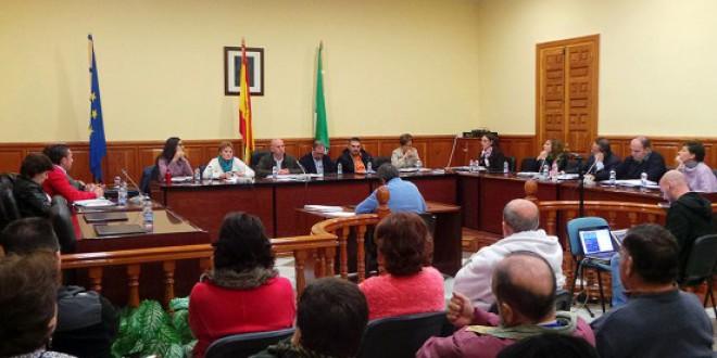Aplazado el pleno para debatir el transporte interurbano y el arrendamiento de los terrenos de la gasolinera