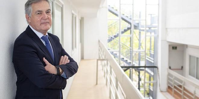 Rafael Garesse: «Los profesores tienen que volver a ser maestros»