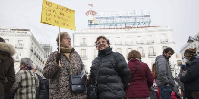 El rostro de la renta mínima: mujer, española y de entre 35 y 44 años