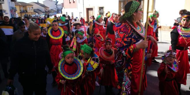 ATARFE: LOS NIÑOS Y NIÑAS DAN COMIENZO AL CARNAVAL