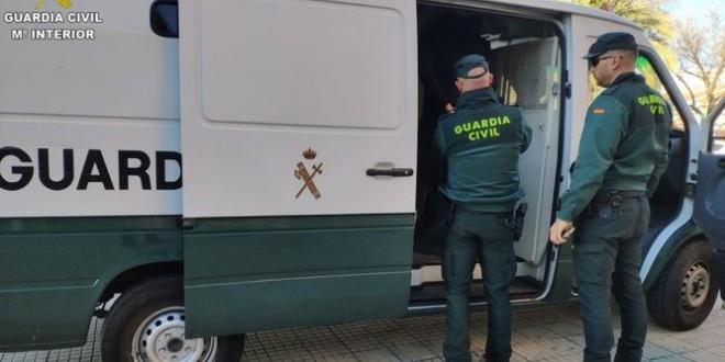 Cinco detenidos por asaltar establecimientos del Área Metropolitana
