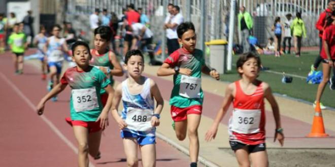 El club Atletismo Atarfe pone en marcha la primera escuela de triatlón de la provincia