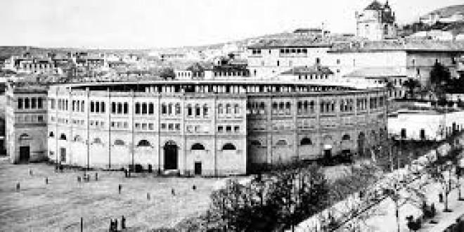 El derribo de la plaza de toros del Triunfo en Granada