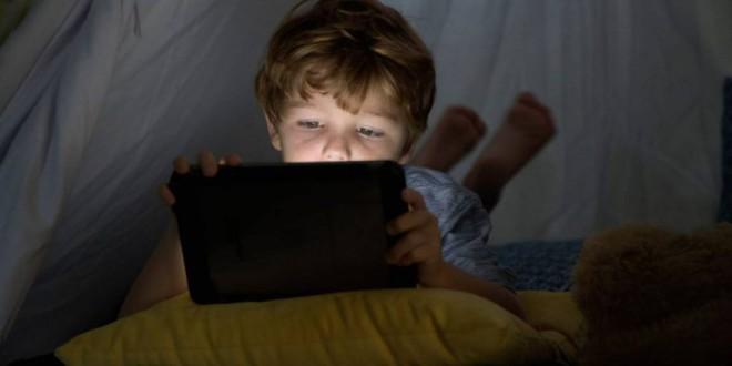 Francia avisa de los perjuicios para la retina y el sueño de algunas luces LED