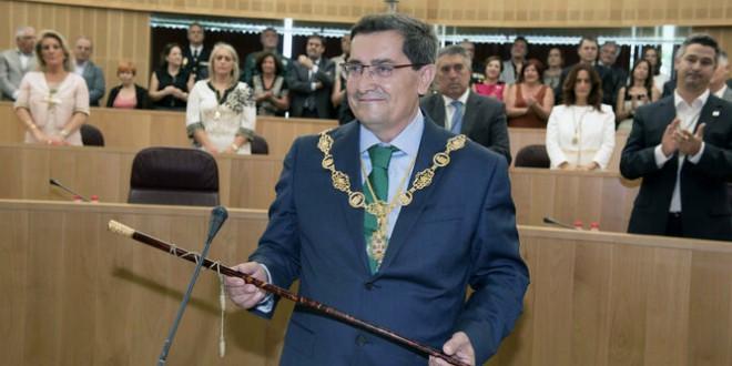 Entrena encara otros 4 años en la Diputación, esta vez con mayoría