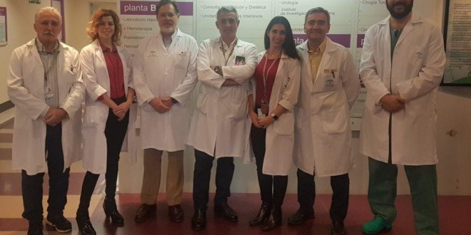 El Hospital Virgen de las Nieves comienza a tratar hernias inguinales con un abordaje menos invasivo