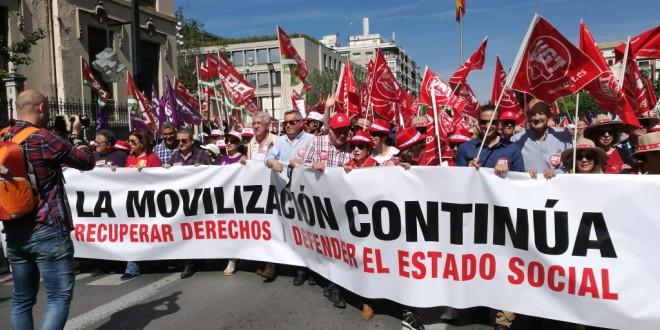Las manifestaciones del Primero de Mayo piden que se forme un Gobierno de izquierda