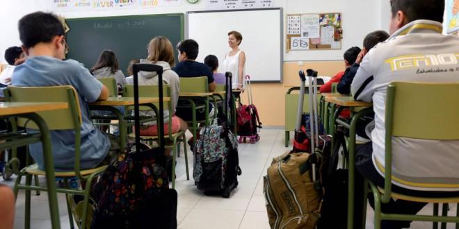 Los profesores prefieren tener menos alumnos por clase que más sueldo