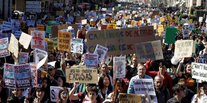 Juventud por el Clima – Fridays for Future España comienzan una ronda de consultas con los partidos políticos para exigir medidas contra el cambio climático