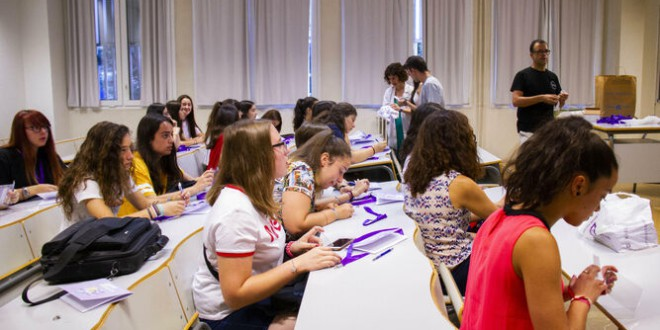 La UGR lanza un campus de verano para promover la ingeniería entre chicas