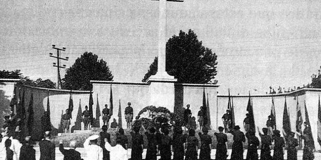 Cae la Cruz de los Caídos