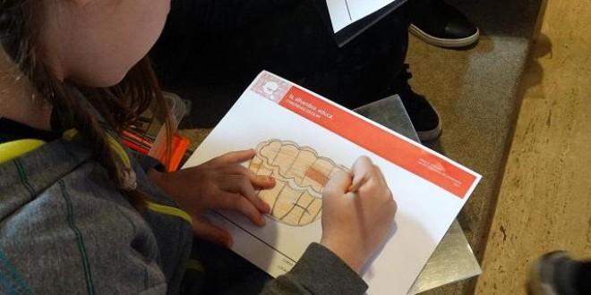 La Alhambra organiza visitas guiadas y talleres para las familias