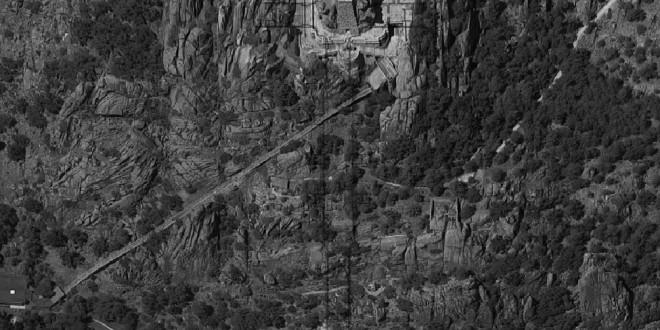 Así es la mayor fosa común de España: más de 33.000 restos humanos en ocho capillas del Valle de los Caídos