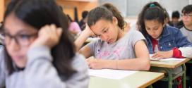Cerca de 60 asociaciones y grupos políticos piden sacar la religión de la escuela