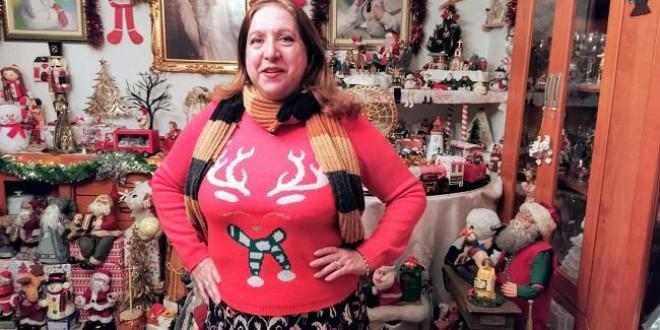 Mamá Noel vive en Atarfe y su pasión por la Navidad contagia