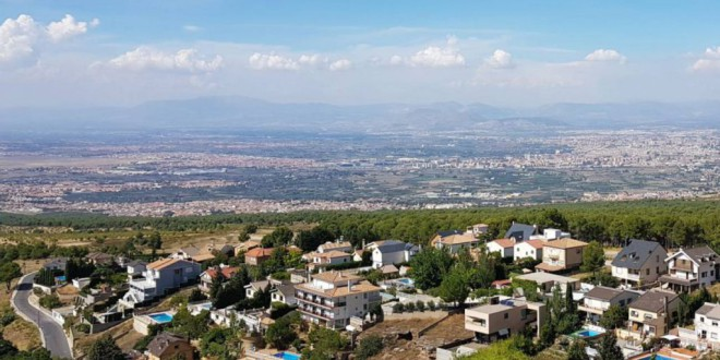 El último censo confirma que la mitad de los pueblos de Granada siguen vaciándose